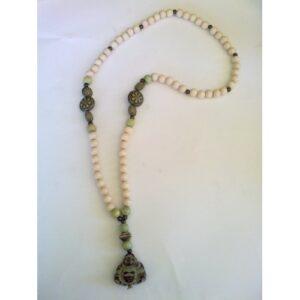 Collar Buda
